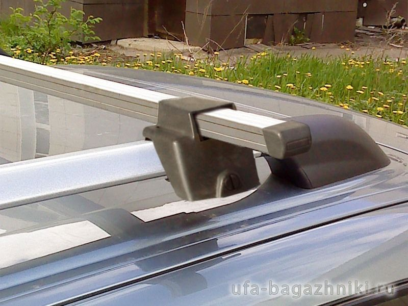 Багажник (поперечины) на рейлинги на Ладу Приору, Атлант, алюминиевые дуги