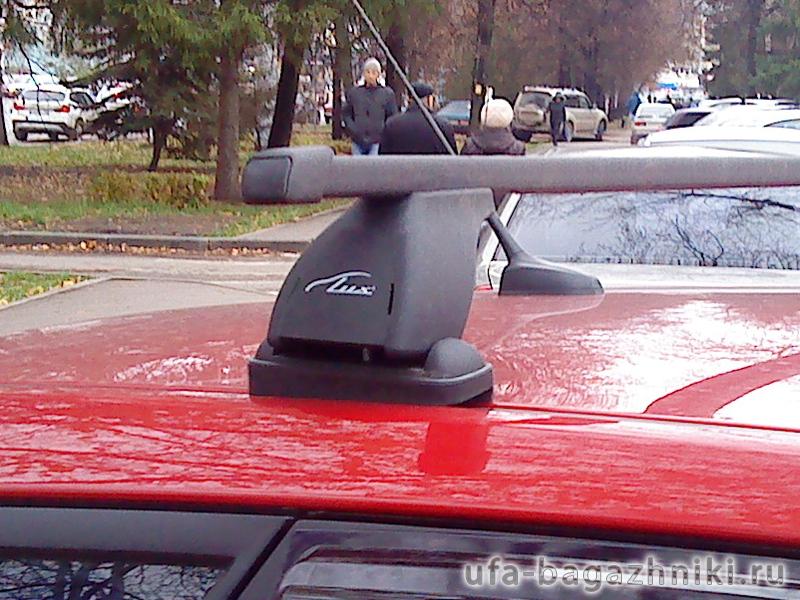Багажник на крышу Kia Ceed hatchback, Lux, прямоугольные стальные дуги